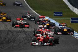Felipe Massa, Scuderia Ferrari leads the start of the race