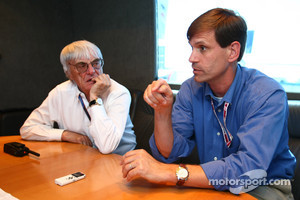 Bernie Ecclestone and Tavo Hellmund, Texas Grand Prix promoter
