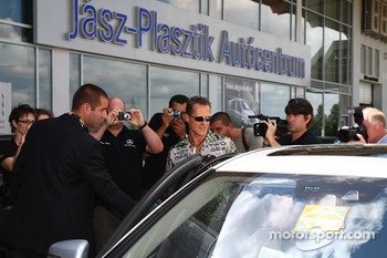 Michael Schumacher, Mercedes GP visits a Mercedes Garage and plans for expansion
