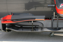 HRT front wing