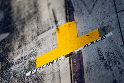 Tape mark in the pit lane