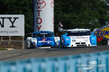 #01 Chip Ganassi Racing with Felix Sabates BMW/Riley: Scott Pruett, Memo Rojas, #61 AIM Autosport Ford Riley: Burt Frisselle, Mark Wilkins