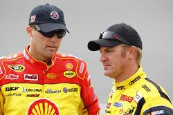 Kevin Harvick, Richard Childress Racing Chevrolet and Clint Bowyer, Richard Childress Racing Chevrolet