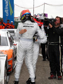 Race winner Gary Paffett, Team HWA AMG Mercedes C-Klasse celebrates with Paul di Resta, Team HWA AMG Mercedes C-Klasse