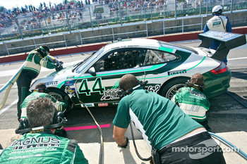 Pit stop for #44 Magnus Racing Porsche GT3: John Potter, Craig Stanton