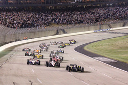 Start: Ed Carpenter, Panther Racing/Vision leads the field