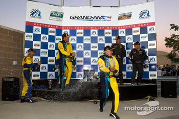 GS podium: class and overall winners Nick Longhi and Matt Plumb celebrate with champagne