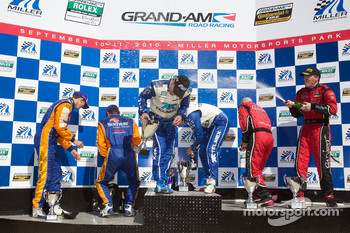DP podium: Scott Pruett, Memo Rojas, Jon Fogarty, Alex Gurney, Max Angelelli and Ricky Taylor celebrate with champagne