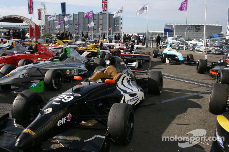 Formula Renault 2.0 cars