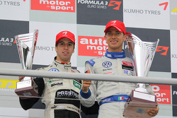 Podium: series champion Edoardo Mortara, Signature Dallara F308 Volkswagen, rookie of the year Antonio Felix da Costa, Motopark Academy Dallara F308 Volkswagen