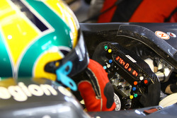 Bruno Senna, Hispania Racing F1 Team steering wheel