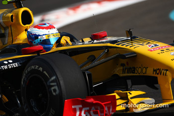 Vitaly Petrov, Renault F1 Team