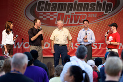 NASCAR Championship drive event in South Beach: Monica Palumbo, Kevin Harvick, Richard Childress Racing Chevrolet, Bobby Allison and Denny Hamlin, Joe Gibbs Racing Toyota on stage