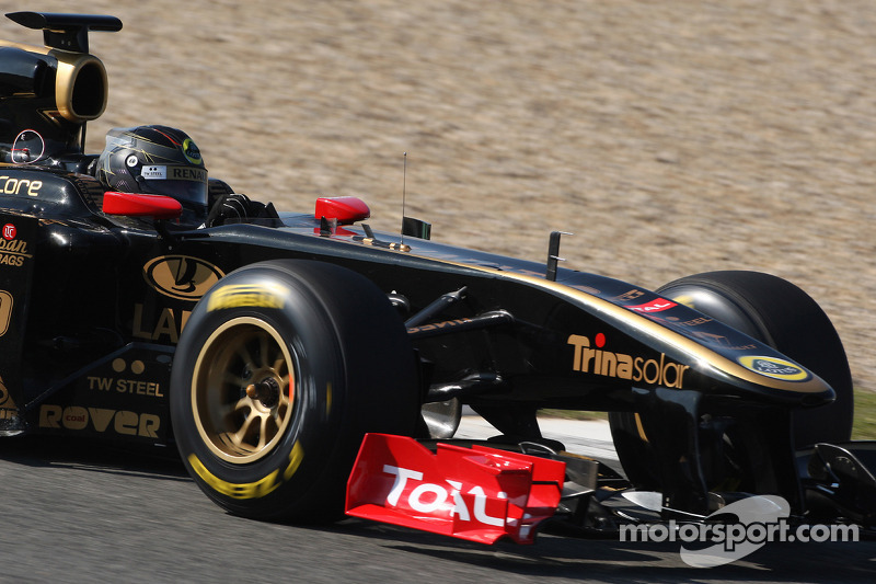 Nick Heidfeld, testing for Lotus Renault GP