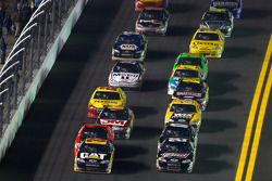 Jeff Burton, Richard Childress Racing Chevrolet and Kevin Harvick, Richard Childress Racing Chevrolet lead the field