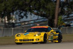 #3 Corvette Racing Chevrolet Corvette ZR1: Olivier Beretta, Antonia Garcia