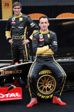 Vitaly Petrov, Lotus Renault GP, Robert Kubica, Lotus Renault GP