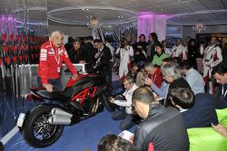 Gabriele Del Torchio, Ducati president with the Ducati Diavel Carbon