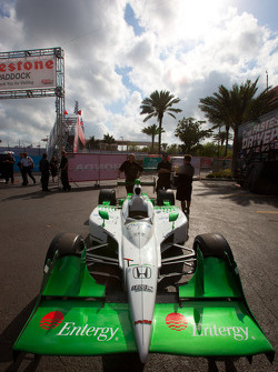 Car of Simona de Silvestro, HVM Racing at technical inspection
