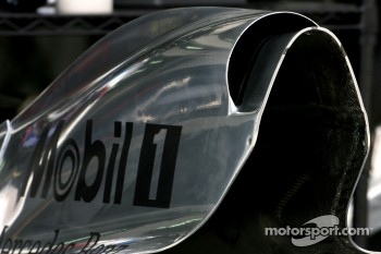 McLaren Mercedes, Technical detail, enginz cover