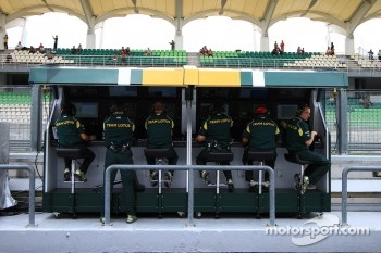 Team Lotus Pitwall