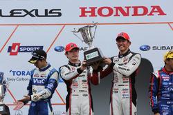 Podium GT300: winners #31 Apr Toyota Prius GT: Koki Saga, Yuichi Nakayama