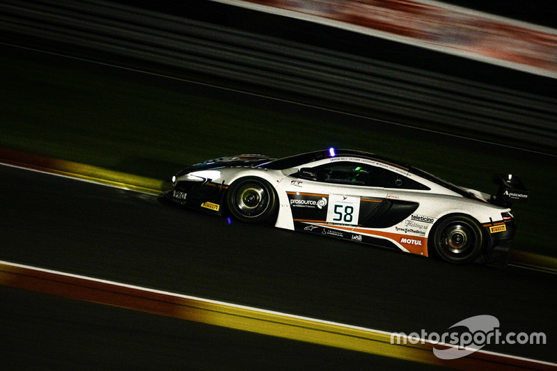 20. #58 Garage 59, McLaren 650 S GT3: Shane Van Gisbergen, Côme Ledogar, Rob Bell