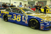 NASCAR Sprint Cup Foto - Landon Cassill, Front Row Motorsports Ford throwback scheme