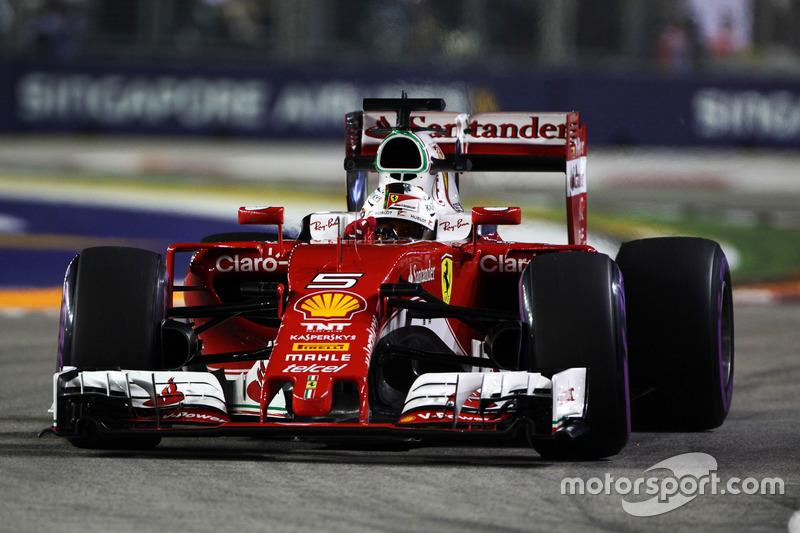 22: Sebastian Vettel, Ferrari SF16-H