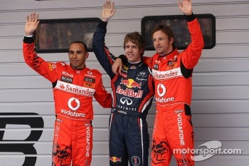 Pole winner Sebastian Vettel, Red Bull Racing, second place Jenson Button, McLaren Mercedes, third place Lewis Hamilton, McLaren Mercedes