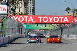 #44 Flying Lizard Motorsports Porsche 911 GT3 RSR: Darren Law, Seth Neiman, #62 Risi Competizione Ferrari F458 Italia: Jaime Melo, Toni Vilander