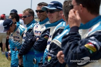 Forsythe Racing crew members