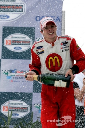 Podium: champagne for Sébastien Bourdais