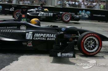 Roberto Moreno with a missing front wing