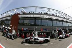 #2 Audi Sport Team Joest Audi R18 TDI: Marcel Fässler, Andre Lotterer, Benoit Tréluyer