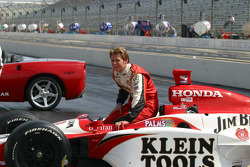 Dan Wheldon shares a laugh at the winner's photo shoot