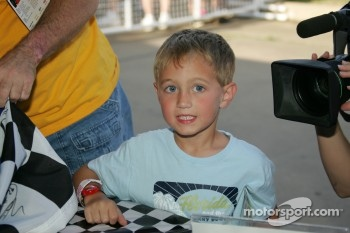 Autograph session: a young fan