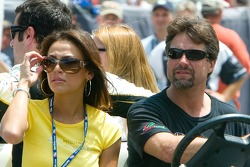 Pitstop challenge: Michael Andretti and friend