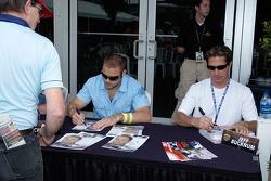 James Chesson and Jeff Bucknum sign autographs