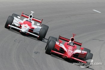 Dan Wheldon and Sam Hornish Jr.