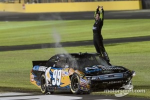 2011 winner Carl Edwards, Roush Fenway Racing Ford