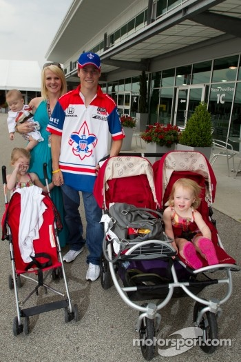Alex Lloyd, Dale Coyne Racing with this family
