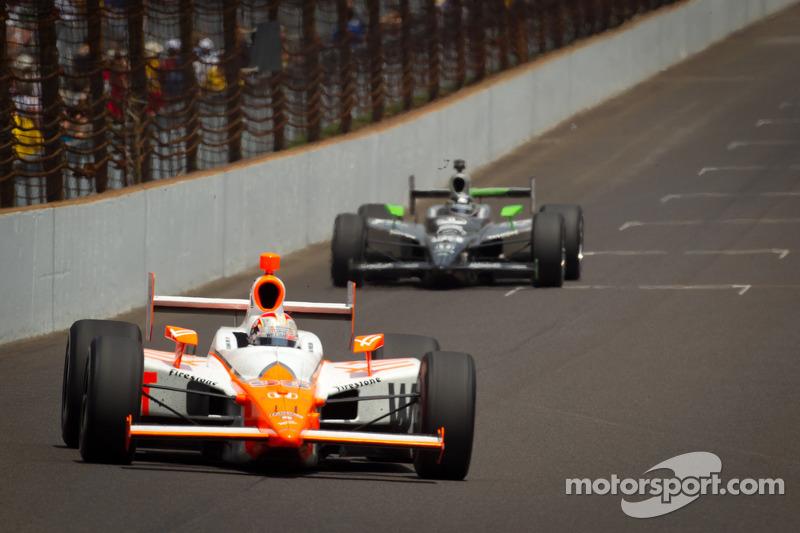 Dan Wheldon, Bryan Herta Autosport with Curb / Agajanian