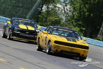 #5 TPN Racing/Blackforest Dodge Challenger: Ian James, Tom Nastasi
