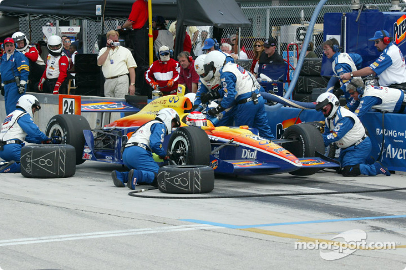 Pitstop for Robbie Buhl