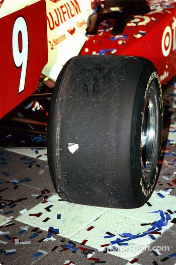 Right tire on Jeff Ward's car