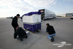 IRL packs for Motegi: Hemelgarn pit cart is heading to Japan