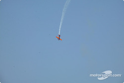 Pre-race activities: acrobatic plane