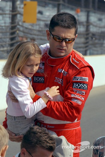 Gil de Ferran and daughter Anna
