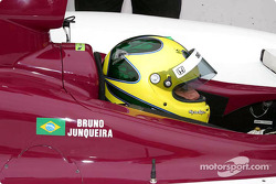 Bruno Junqueira prepares to qualify